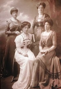 The Felton SistersWinnie, Viola, Malvina and Evelyn